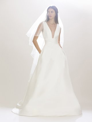 carolina-herrera-fall-2016-ball-gown-wedding-dress-with-plunging-neckline