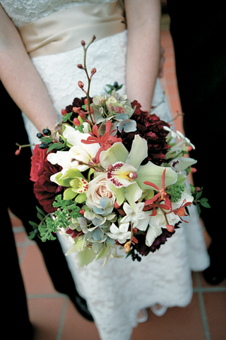 hydrangea-orchid-rose-and-dahlia-wedding-bouquet-with-rich-colors