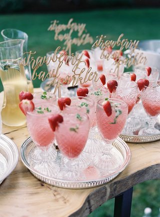 mocktail-with-strawberry-and-basil-ingredient-garnish-with-wood-lasercut-modern-calligraphy-sign