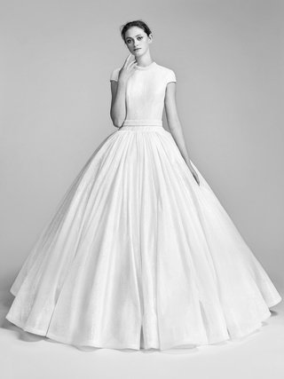 look-10-vrm049-by-viktor-rolf-voluminous-flocked-sequin-gown-with-short-sleeves