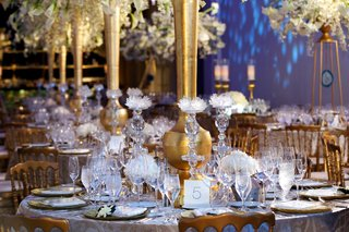wedding-reception-table-with-rock-crystal