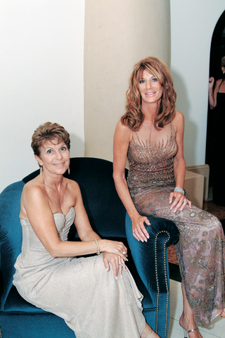 mother-of-the-bride-and-mother-of-the-groom