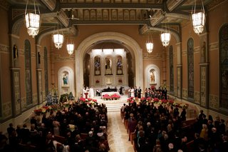 winter-wedding-ceremony-at-old-saint-patricks-church-in-chicago