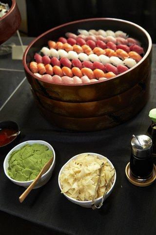 self-serve-sushi-station-at-wedding-cocktail-hour