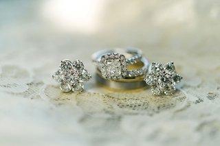 wedding-ring-engagement-ring-halo-princess-cut-flower-earrings-diamond