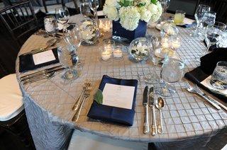 genevieve-cortese-and-jared-padaleckis-wedding-table