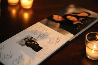 wedding-guestbook-with-engagement-pictures