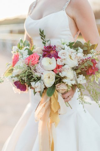 white-garden-roses-pink-rose-purple-dahlia-greenery-gold-champagne-ribbon-ripped-edge-trumpet-gown