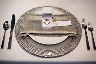 silver-glitter-bridal-shower-wedding-ideas-place-setting