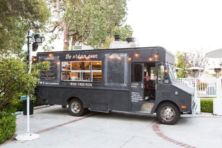 urban-oven-food-truck-los-angeles-wedding-catering-ideas-late-night-snack-fun-event-food-ideas