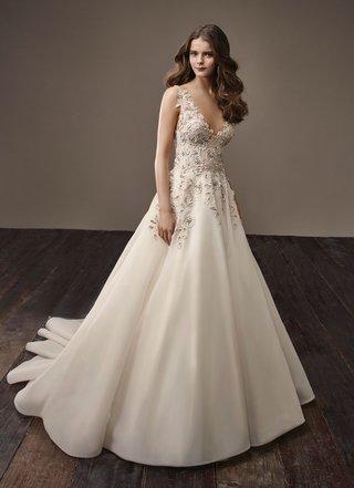badgley-mischka-bride-2018-collection-wedding-dress-brooke-a-line-bridal-gown-champagne-ivory-flower
