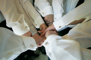matching-groomsmen-cuff-links