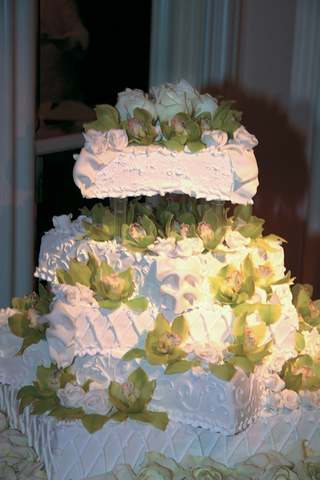 five-square-tiered-wedding-cake-with-green-orchids-and-white-roses