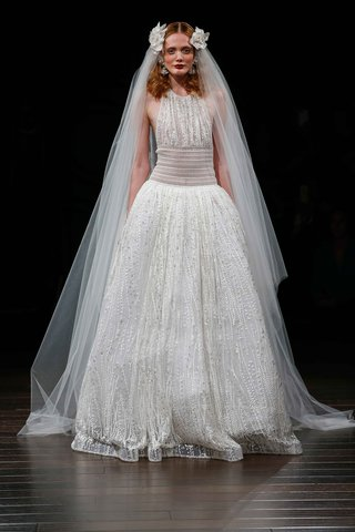naeem-khan-bridal-fall-2017-niagara-high-neck-halter-ball-gown-wedding-dress-waist-detail-embroidery