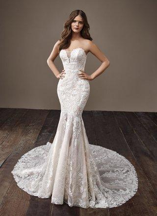 badgley-mischka-bride-2018-collection-wedding-dress-bonnie-strapless-lace-bridal-gown-train-trumpet