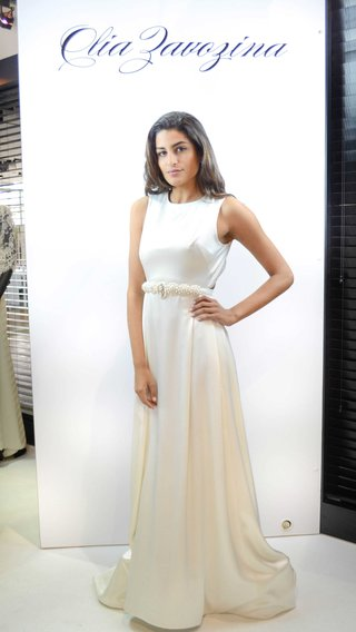 olia-zavozina-spring-2017-lula-wedding-dress-with-sleeveless-bodice-pearl-beaded-belt-a-line-weddi