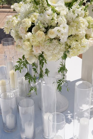 white-flower-arrangements-at-joanna-krupas-wedding-ceremony