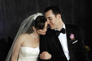 bride-and-groom-embracing-wedding-portrait