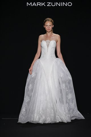 mark-zunino-for-kleinfeld-2016-strapless-ball-gown-with-lace-skirt