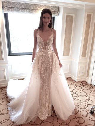 chicagos-exclusive-retailer-for-the-pallas-couture-and-pallas-collective-bridal-collections-dimit