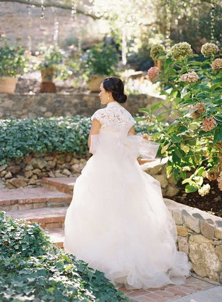 vera-wang-ball-gown-wedding-dress-with-short-cap-sleeve-high-neck-lace-bodice-and-full-skirt
