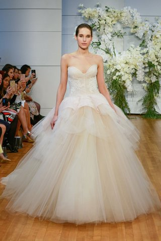 monique-lhuillier-spring-2018-bridal-collection-wedding-dress-fleur-strapless-a-line-ball-gown