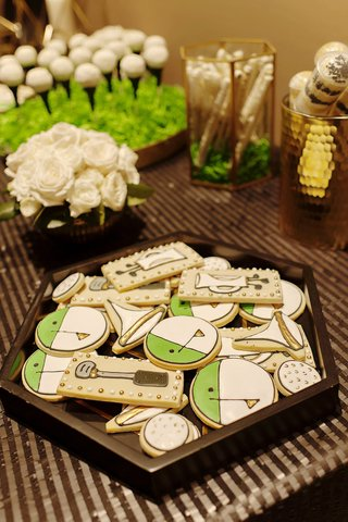 golf-themed-cookies-and-golf-desserts-at-wedding-sweets-table