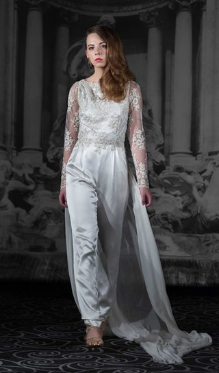 sarah-jassir-la-dolce-vita-2016-wedding-jumpsuit-with-long-lace-sleeves-silk-pants-and-train