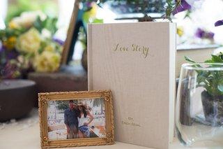 love-story-book-photo-couple-new-york-city-bridal-shower-decor-sweet-love-wedding-erich-segal