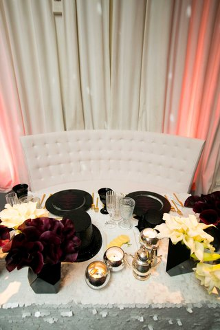 new-years-eve-themed-sweetheart-table