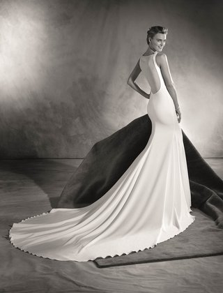 atelier-pronovias-2017-eimi-wedding-dress-with-illusion-plunging-low-back-long-train-black-white