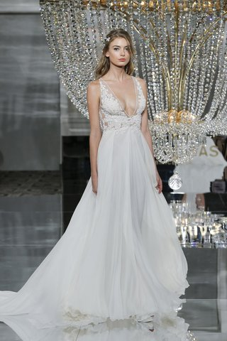 pronovias-fall-2018-wedding-dress-plunging-neckline-tulle-skirt-beaded-floral-appliques
