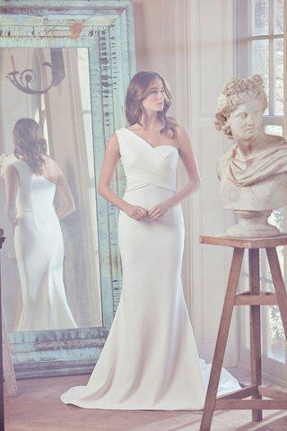 sareh-nouri-spring-2019-swan-lake-collection-wedding-dress-olympia-one-shoulder-asymmetrical-gown