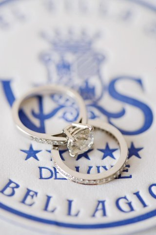wedding-ring-and-engagement-ring-on-blue-hotel-logo