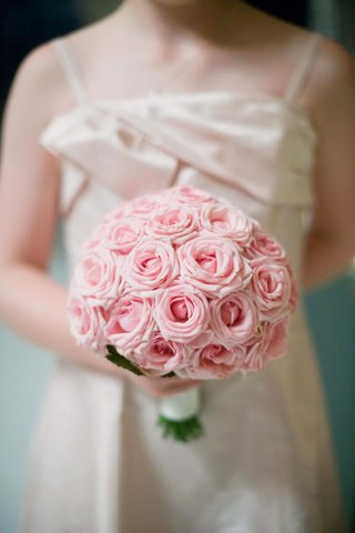 round-wedding-bouquet-with-light-pink-roses