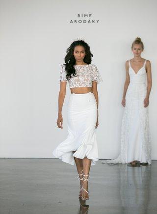 rime-arodaky-fall-2017-bridal-sheer-embroidered-short-sleeve-crop-top-high-waist-pencil-skirt