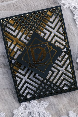 modern-geometric-wedding-invitation-black-and-gold-foil-white-details