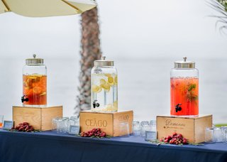 wedding-ceremony-beach-venue-strawberry-basil-lemonade-filtered-water-and-tropical-iced-tea
