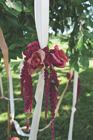 orchids-and-amaranthus-tied-to-ribbons