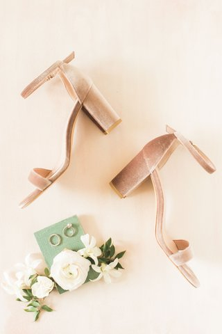 wedding-accessories-rings-ranunculus-flowers-pink-blush-velvet-thick-chunky-heels-wedding-shoe-ideas