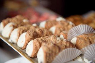 cannoli-tray-at-italian-american-heritage