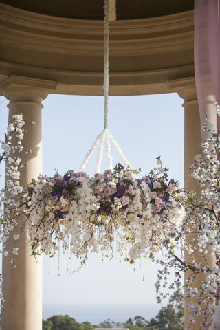 orchids-roses-and-crystals-suspended-from-rotunda