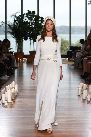 laure-de-sagazan-fall-2018-simple-dress-with-three-quarter-length-sleeves-and-wrap-skirt-jack-belt