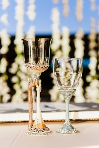 opulent-gold-kiddush-cup-for-jewish-wedding