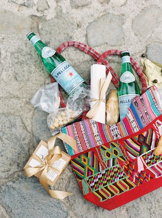 colorful-wedding-welcome-bag-for-destination-wedding-in-guatemala-antigua-sparkling-water-local