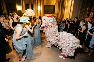 chinese-culture-tradition-lion-dancer-for-wedding-after-party