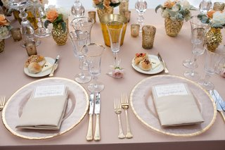 tablescape-with-gilt-details-and-orange-flowers