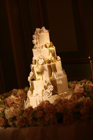 five-layer-cake-with-gold-details