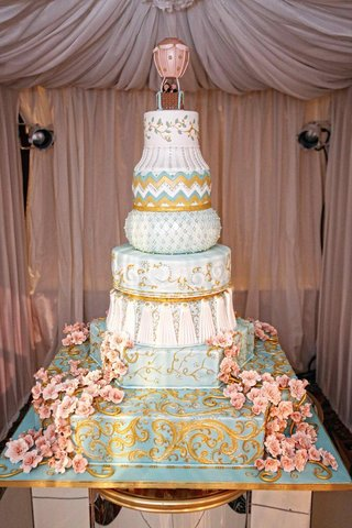 wedding-cake-with-blue-and-white-tiers-with-different