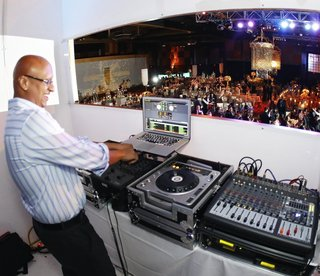 wedding-reception-with-dj-yogi